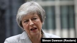 10 грудня Мей відклала голосування в британському парламенті про ратифікацію угоди щодо виходу з ЄС