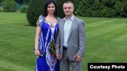Д.Дагиев бо ҳамсараш Наргис
