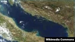 Jadransko more između Italije i Hrvatske