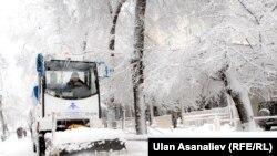 В Бишкеке после снегопада. 27 декабря