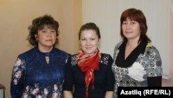 Бардадан килгән Римма Дускаева, Айгөл Ханбабаева, Рәхинәә Уртабаева