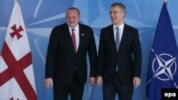 ՆԱՏՕ-ի գլխավոր քարտուղար Յենս Ստոլտենբերգն ու Վրաստանի նախագահ Գիորգի Մարգվելաշվիլին, Բելգիա, 8-ը հունիսի, 2016թ.