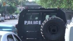 У столиці Вірменії група озброєних осіб захопила будівлю поліції (відео)