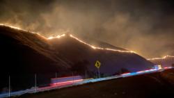 Óriási bozóttűz pusztít Kaliforniában