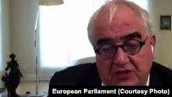 Reprezentantul Jonhson & Johnson, Stan Erch în dialog online cu europarlamentarii interesați de ritmul producției de vaccinuri anti-Covid