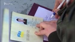 Vatandaşlıqtan vazgeçüv: Rusiye pasportı olmağan qırımlılar nasıl yaşay (video)