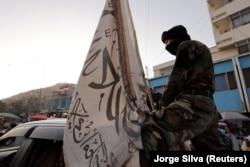 Tálib járőr Kabulban 2021. október 4-én
