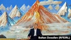 Пресс-конференция президента Алмазбека Атамбаева в Чолпон-Ате. Август 2016