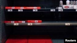 Дезинфектантите отдавна са изкупени от магазините и аптеките в Милано