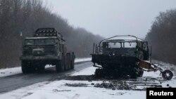 Військова техніка біля Дебальцева
