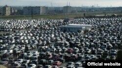 Реэкспорт автомобилей является одной из основных статей грузинского экспорта (21%), однако в настоящий момент этот сегмент рынка фактически остановил свою работу