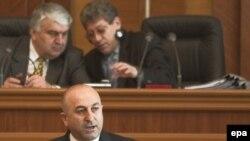 Președintele PACE Mevlut Cavuşoglu adresîndu-se Parlamentului la Chișinău