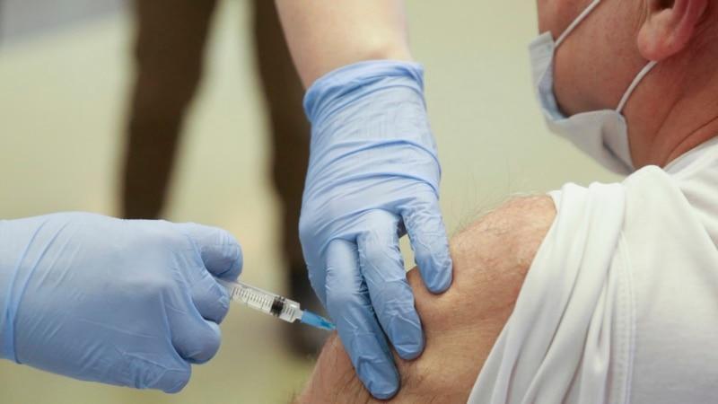 More Russian Regions Mandate COVID-19 Vaccine Shots