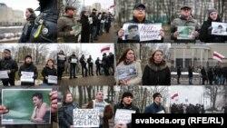Акцыі ў падтрымку Надзеі Саўчанкі ў Менску каля расейскай амбасады