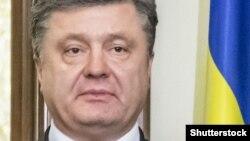 Петр Порошенко, как ожидается, встретится в понедельник с Александром Лукашенко и Нурсултаном Назарбаевым