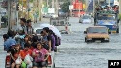 Так выглядели улицы Бангкока в ноябре - во время пика наводнения в столице Таиланда