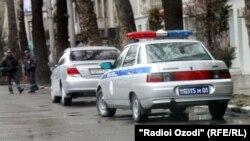 Кӯчаҳои Душанбе: Танг ё пур аз мошин?