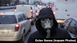 Protest față de poluarea aerului în București