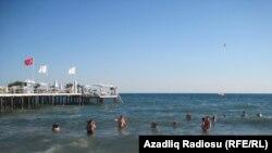 На пляже в Турции. Иллюстративное фото.