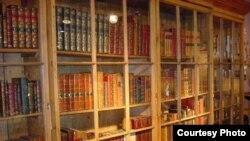 Книги обьясняют, как найти счастье