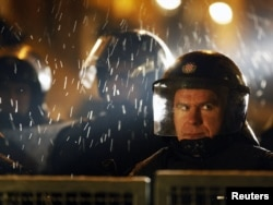 Poliția la protestele anticorupție de la Zagreb, 2 martie 2011
