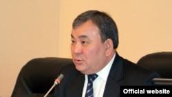 А. Тагаев Жогорку Кеңешти бир жарым жыл жетектеди