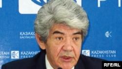 Лидер экологов Казахстана Мэлс Елеусизов. Алматы, 23 сентября 2008 года.