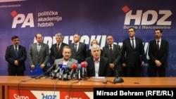 Susret Čovića i Izetbegovića u Mostaru, RSE/Foto: Mirsad Behram, 15. novembar 2014.