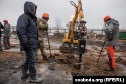 Останнє будівництво в захисній зоні Куропатів викликало протест активістів. Урешті Куропати вдалося відстояти і вберегти від забудови