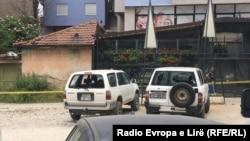 Veturat e dëmtuara në Mitrovicë, 1 qershor 2016