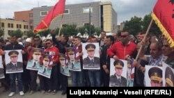 Protesta para ndërtesës së Kuvendit të Kosovës