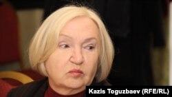 """Тамара Калеева, руководитель организации позащите свободы прессы """"Адил соз""""."""