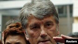 Бывший президент Украины Виктор Ющенко посоветовал суду вызвать свидетелей из Москвы