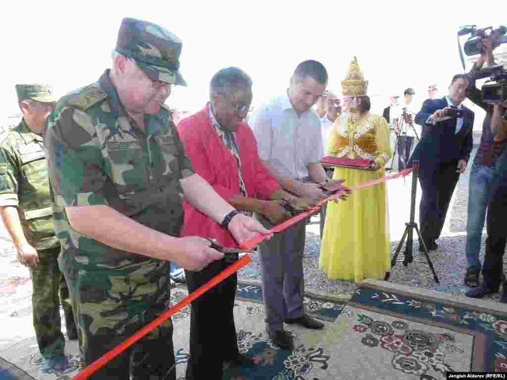 Баткен. При поддержке правительства США построено новое здание для погранотряда Баткен-2