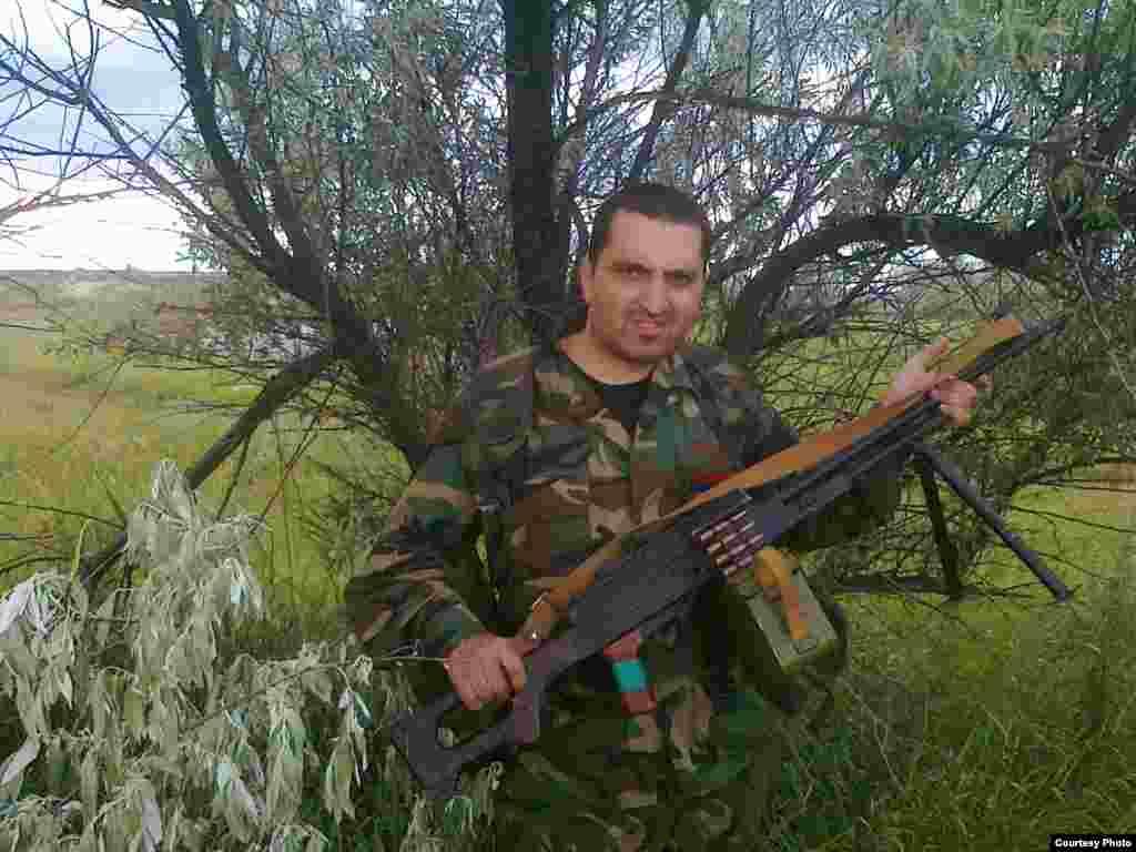 Volunteer Artur Gasparyan during his time in the Vostok battalion, under the command of Aleksandr Khodakovsky.