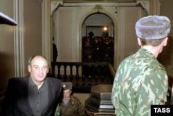 Юрий Шутов в зале суда