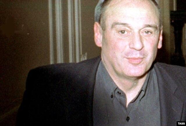 Юрий Шутов
