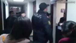 Світ у відео: Прокуратура зупинила роботу бюро Радіо Свобода у Баку