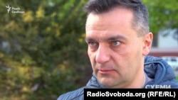 Журналіст-розслідувач Дмитро Гнап досі ходить на допити щодо свого розслідування
