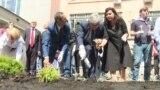 GRAB-Politkovskaya Garden Opens In Moscow