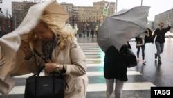 Ураганный ветер в Москве