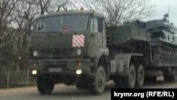 Российская военная техника в Крыму, Первомайский район, 4 декабря 2020 года.