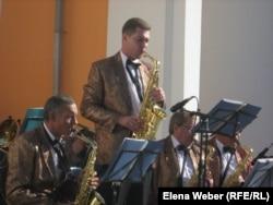 Джазовый оркестр города Караганды дает концерт в Темиртау. Октябрь 2010 года.