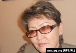Сақтаған Бәйішев атындағы университеттің проректоры Баян Орынбаева. Ақтөбе, 12 желтоқсан 2011 жыл.