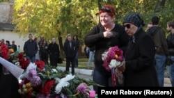 Keriç politehnik kollecindeki kütleviy öldürüv vaqtında elâk olğanlarnıñ memorialı. Keriç, 2018 senesi oktâbrniñ 18-i