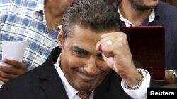 Amal Clooney əl-Cəzirə müxbiri Mohamed Fahmy-ni də müdafiə edib