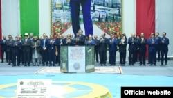 В Таджикистане состоялась церемония запуска первого агрегата Рогунской ГЭС.