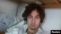 Джохар Царнаев, обвиняемый в организации взрывов в Бостоне.