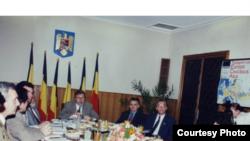 """Imagine de la conferința """"România la răscruce"""""""