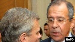 Россия выстраивает отношения с Западом исходя из внутриполитических соображений, считают эксперты